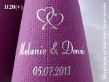 Eleg.-Dinner-Servietten lila, bedruckt mit Silberprägung und Hochzeits-Motiv: H20+ (Doppelherzen)