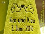 Eleg.-Dinner-Servietten hellgrün, bedruckt mit schwarzer Prägung und Hochzeits-Motiv: H8 (Tauben mit Herz)